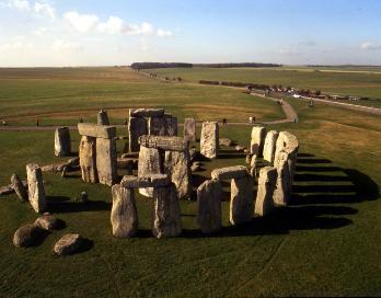 J And J Transport Stonehenge Bus-Tour: Oxford & Stonehenge - Ganztagesausflug ab London - Ausflüge ...